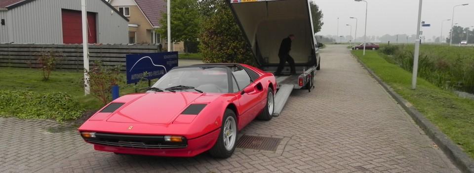 Ferrari in gesloten transport naar Dinitrol